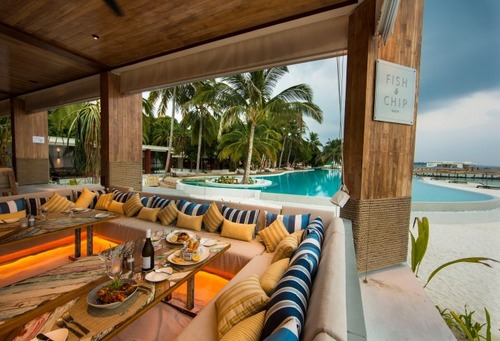 Maldives luxury hotel beach restaurant tropical