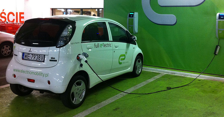 Maintenance LifeStyle ElectricVehicles ElectricCars EV