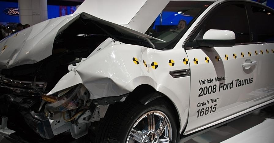 LifeStyle AutomotiveSafety Safety AutomobileSafety CrashTest