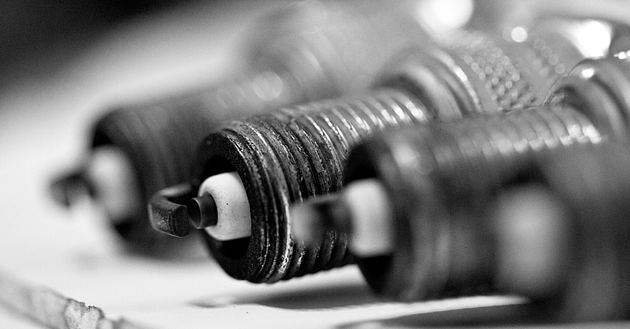 Maintenance SparkPlug Ignition SparkPlugReplacement SparkPlugs