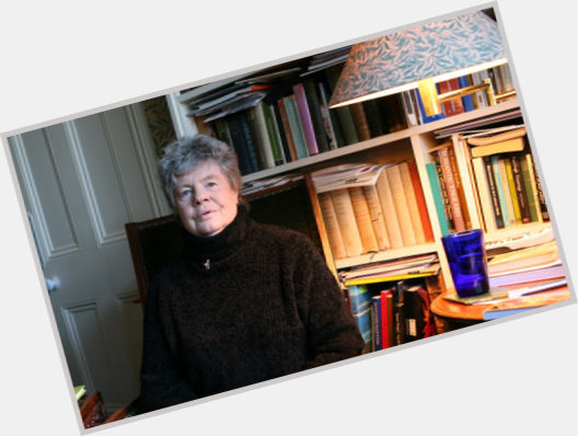 "<a href=""/hot-women/a-s-byatt/where-dating-news-photos"">A S Byatt</a> Voluptuous body,  grey hair & hairstyles"