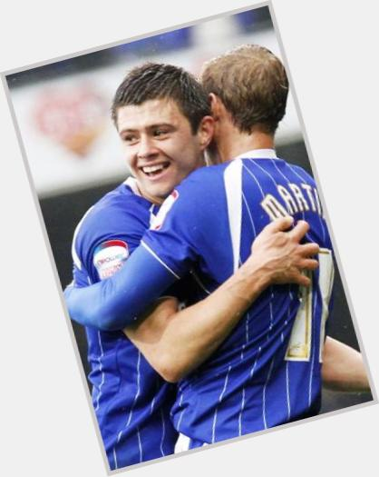 "<a href=""/hot-men/aaron-cresswell/where-dating-news-photos"">Aaron Cresswell</a> Athletic body,  light brown hair & hairstyles"