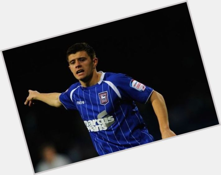 Aaron Cresswell hairstyle 9.jpg
