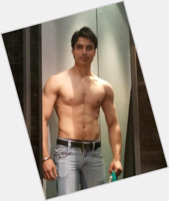 """<a href=""""/hot-men/abhishek-sharma/where-dating-news-photos"""">Abhishek Sharma</a> Average body,  black hair & hairstyles"""