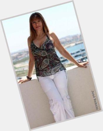 "<a href=""/hot-women/adelaide-ferreira/where-dating-news-photos"">Adelaide Ferreira</a> Slim body,  light brown hair & hairstyles"