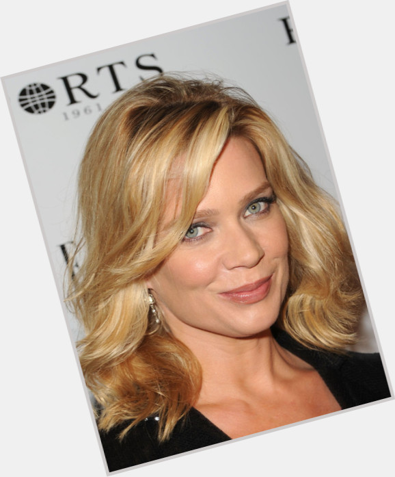 "<a href=""/hot-women/adrienne-ellis/where-dating-news-photos"">Adrienne Ellis</a>"