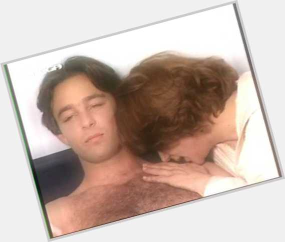 "<a href=""/hot-men/agis-emmanouil/where-dating-news-photos"">Agis Emmanouil</a> Average body,  dark brown hair & hairstyles"
