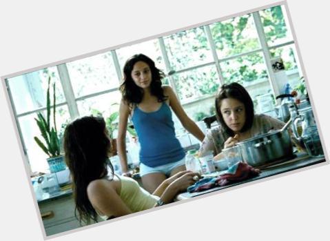 "<a href=""/hot-women/ailin-salas/where-dating-news-photos"">Ailin Salas</a> Slim body,  black hair & hairstyles"