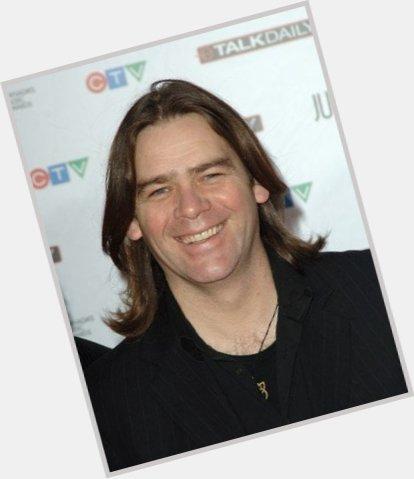 "<a href=""/hot-men/alan-doyle/where-dating-news-photos"">Alan Doyle</a> Average body,  dark brown hair & hairstyles"