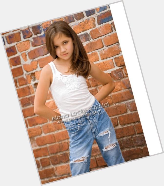"<a href=""/hot-women/alana-locke/where-dating-news-photos"">Alana Locke</a> Slim body,  dark brown hair & hairstyles"
