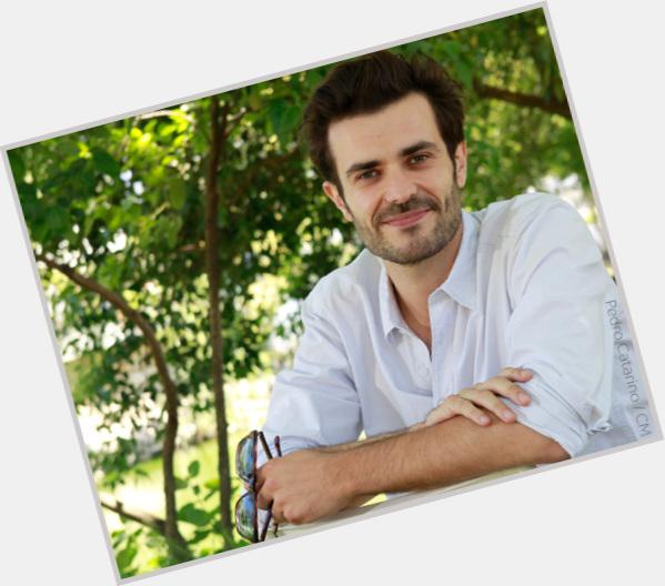 "<a href=""/hot-men/albano-jeronimo/where-dating-news-photos"">Albano Jeronimo</a> Athletic body,  dark brown hair & hairstyles"