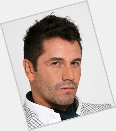 "<a href=""/hot-men/alberto-salaberry/where-dating-news-photos"">Alberto Salaberry</a> Average body,  black hair & hairstyles"