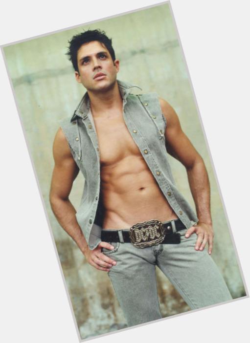 "<a href=""/hot-men/alejandro-otero-larez/where-dating-news-photos"">Alejandro Otero Larez</a>"