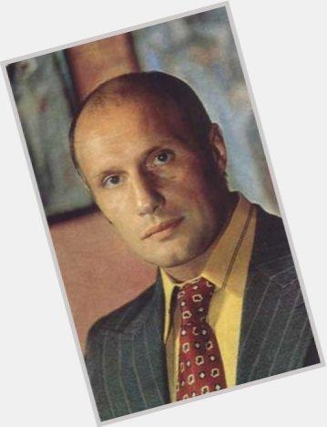 """<a href=""""/hot-men/aleksandr-porokhovshchikov/where-dating-news-photos"""">Aleksandr Porokhovshchikov</a> Average body,  bald hair & hairstyles"""