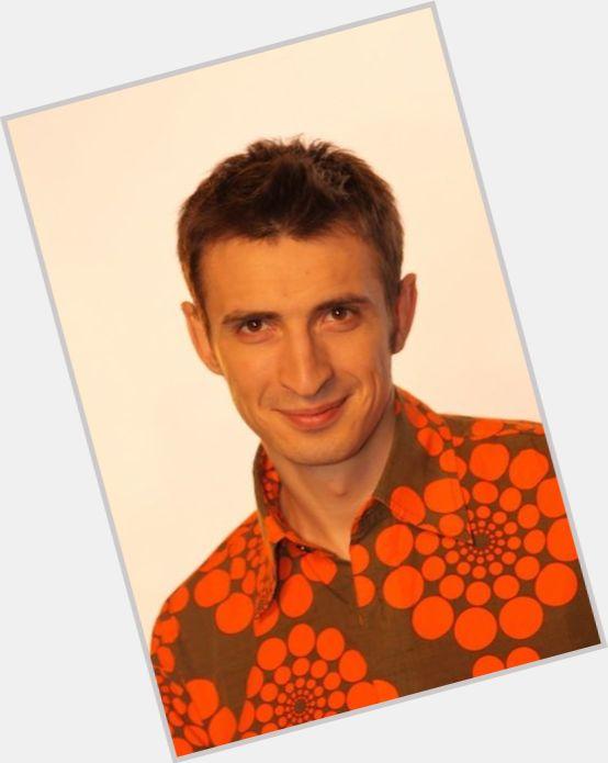 "<a href=""/hot-men/aleksei-gavrilov/where-dating-news-photos"">Aleksei Gavrilov</a> Average body,  dark brown hair & hairstyles"