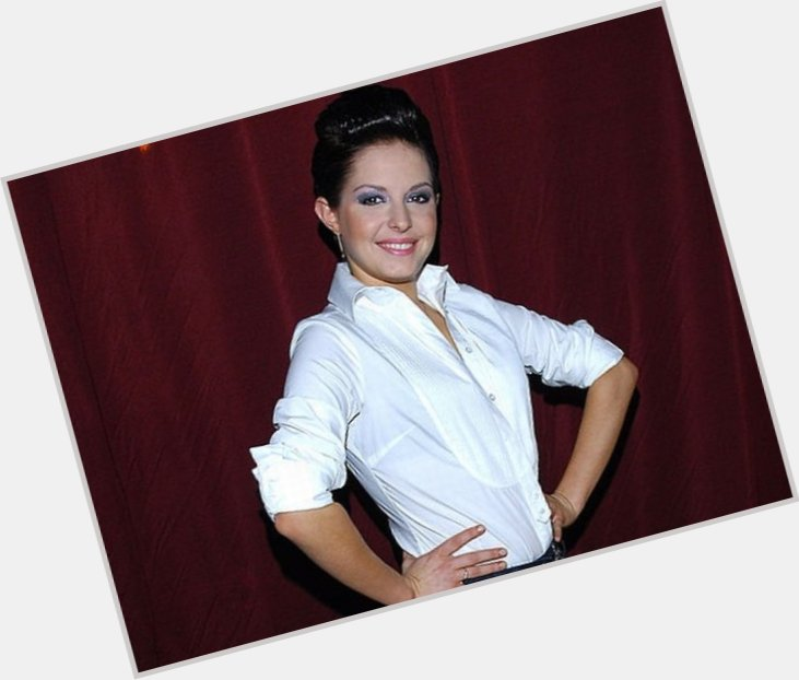 Alesya Surova hairstyle 7.jpg