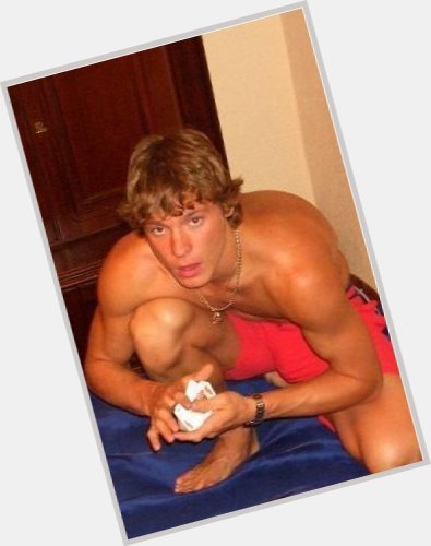 "<a href=""/hot-men/alexander-semin/where-dating-news-photos"">Alexander Semin</a> Athletic body,  light brown hair & hairstyles"
