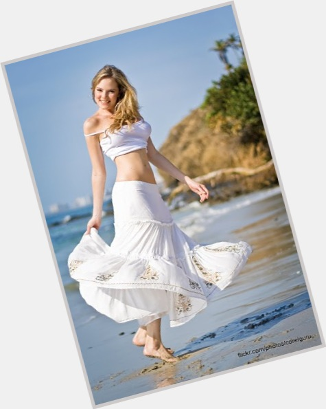"<a href=""/hot-women/alexandra-braun/where-dating-news-photos"">Alexandra Braun</a> Slim body,  blonde hair & hairstyles"