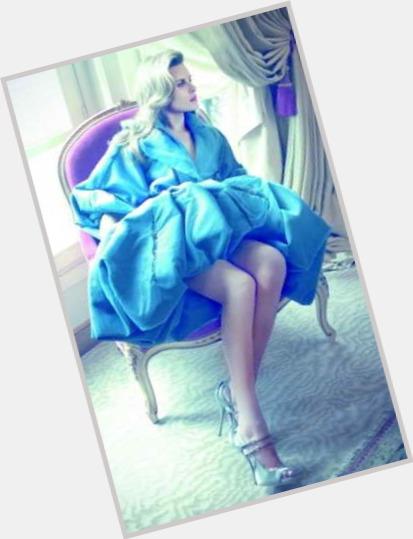 Alexandra Oleynik dating 2.jpg
