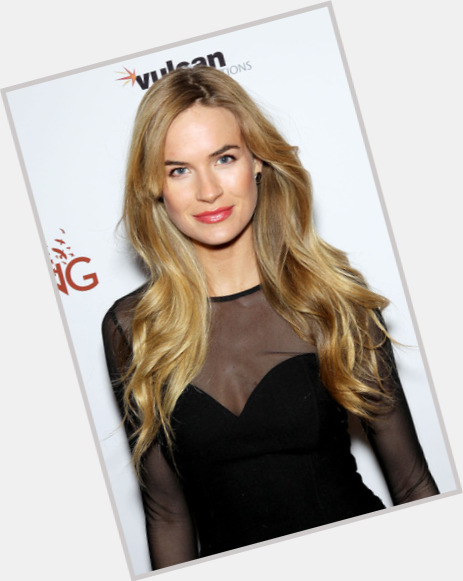 "<a href=""/hot-women/alice-callahan/where-dating-news-photos"">Alice Callahan</a> Slim body,  blonde hair & hairstyles"