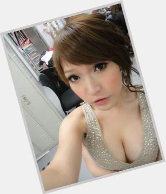 Alicia Liu marriage 3.jpg
