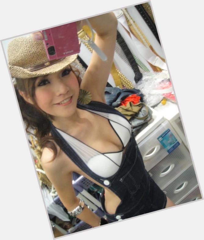 Alicia Liu sexy 0.jpg
