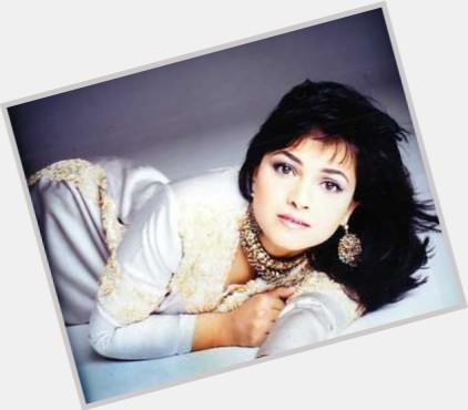 Hindi Singer Arati Ankalikar Tikekar Nettv4u Alisha chinai photos hot