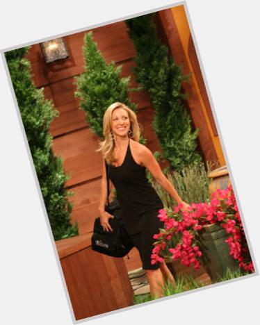 "<a href=""/hot-women/alison-irwin/where-dating-news-photos"">Alison Irwin</a> Slim body,  blonde hair & hairstyles"