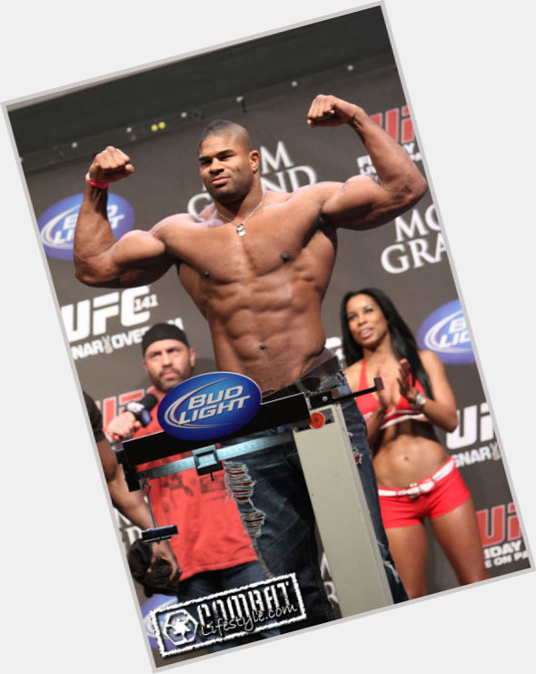 "<a href=""/hot-men/alistair-overeem/where-dating-news-photos"">Alistair Overeem</a> Large body,  black hair & hairstyles"