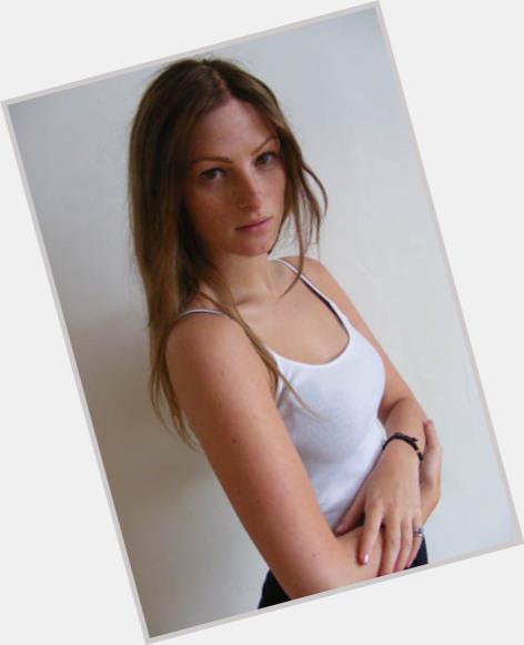 "<a href=""/hot-women/amber-jean-rowan/where-dating-news-photos"">Amber Jean Rowan</a> Slim body,  light brown hair & hairstyles"