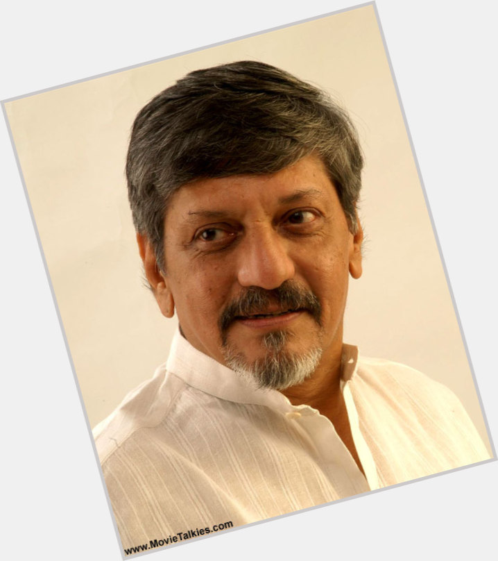 "<a href=""/hot-men/amol-palekar/where-dating-news-photos"">Amol Palekar</a> Average body,  black hair & hairstyles"