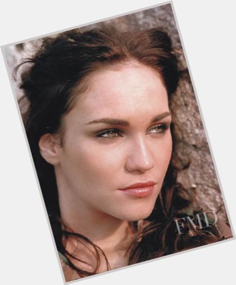 "<a href=""/hot-women/ana-paula-brodt-de-oliveira/where-dating-news-photos"">Ana Paula Brodt De Oliveira</a> Slim body,  dark brown hair & hairstyles"
