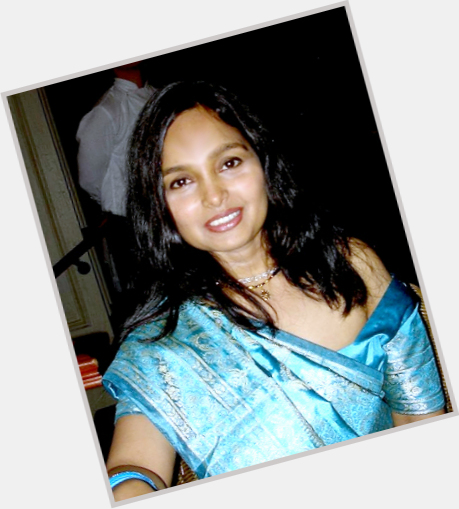 Ananya Khare sexy 5.jpg