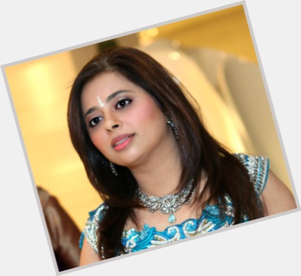 "<a href=""/hot-women/anchal-kumar/where-dating-news-photos"">Anchal Kumar</a> Slim body,  dark brown hair & hairstyles"