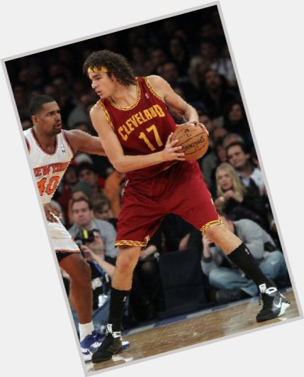 Anderson Varejao dark brown hair & hairstyles Athletic body,