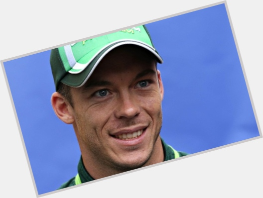 Andre Lotterer light brown hair & hairstyles Athletic body,