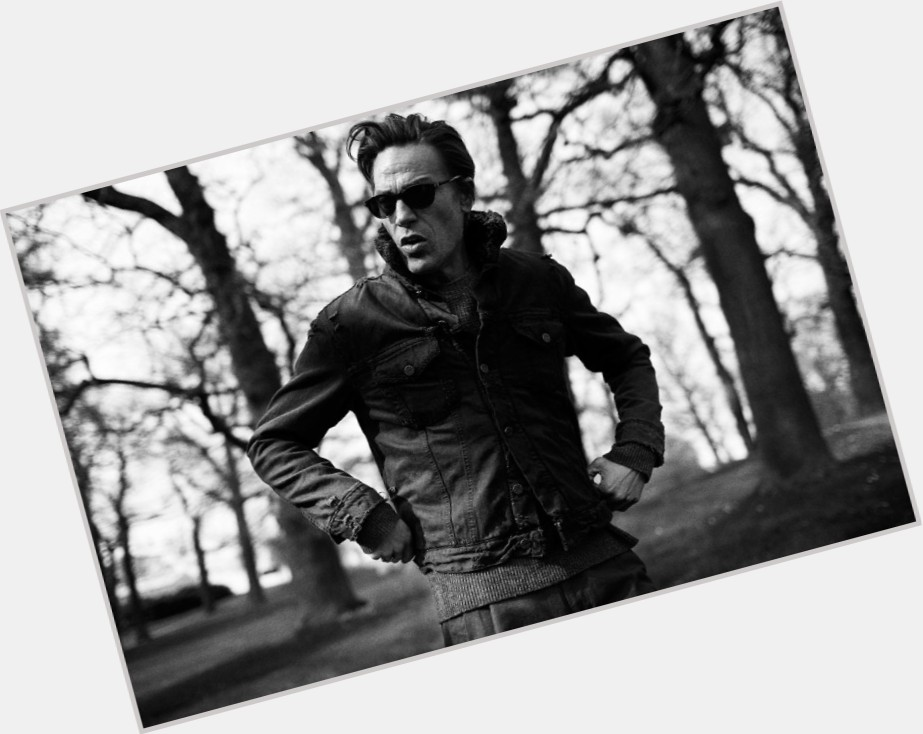 Andre Van Noord dating 2.jpg