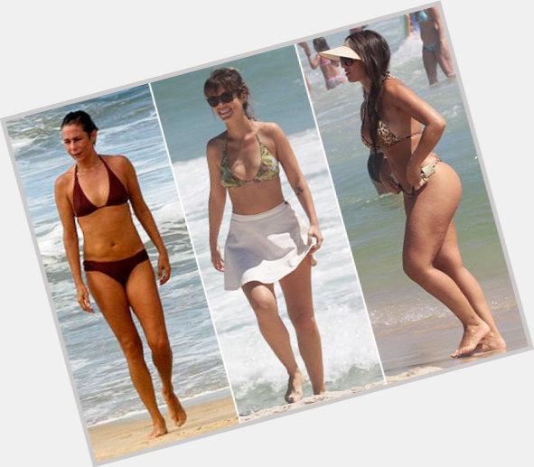 Andrea Beltrao body 4.jpg