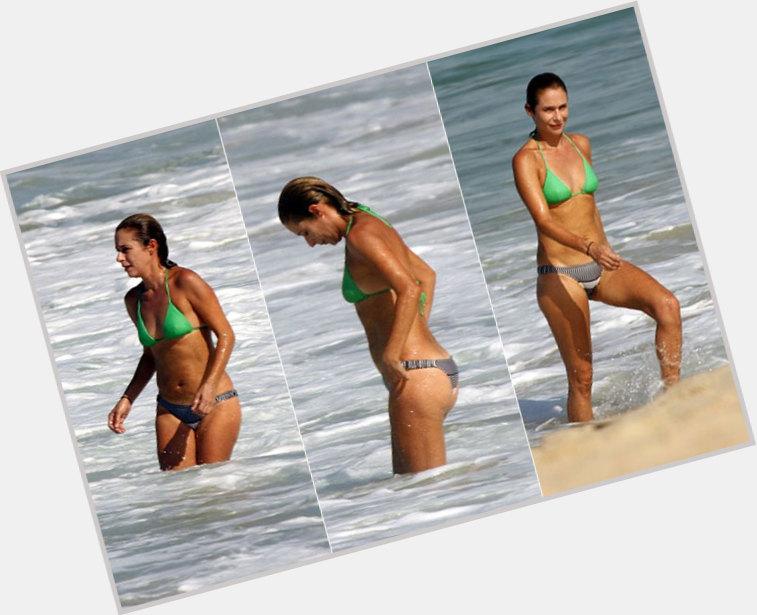 Andrea Beltrao body 7.jpg