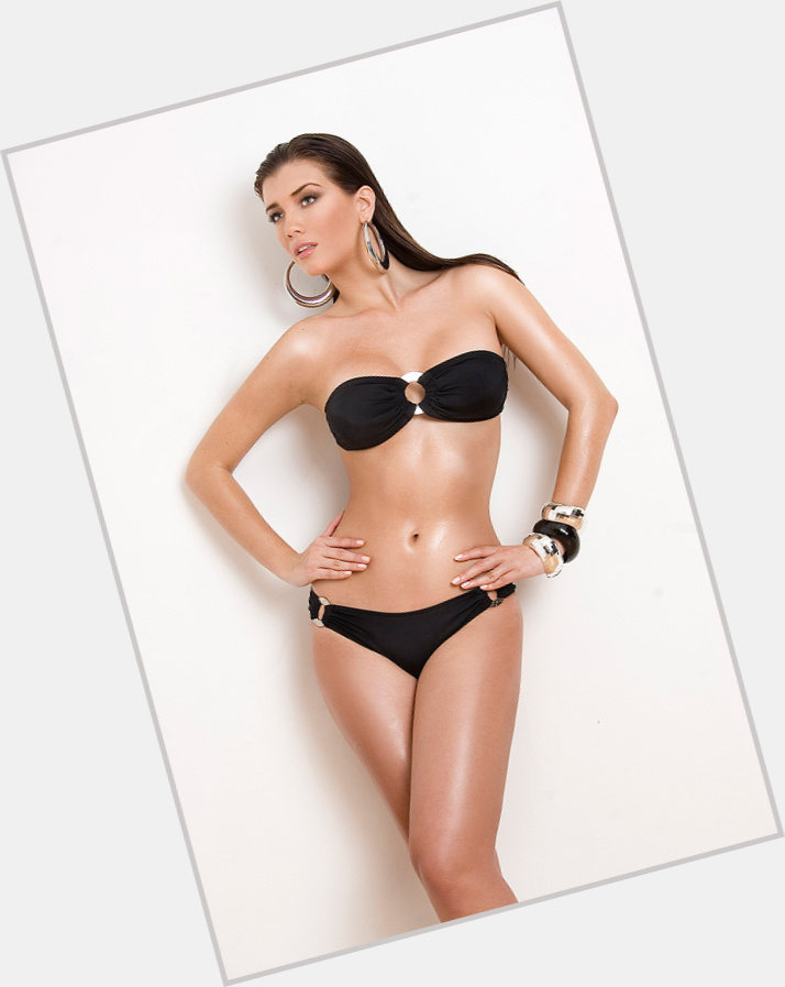 """<a href=""""/hot-women/andreina-castro/where-dating-news-photos"""">Andreina Castro</a>"""