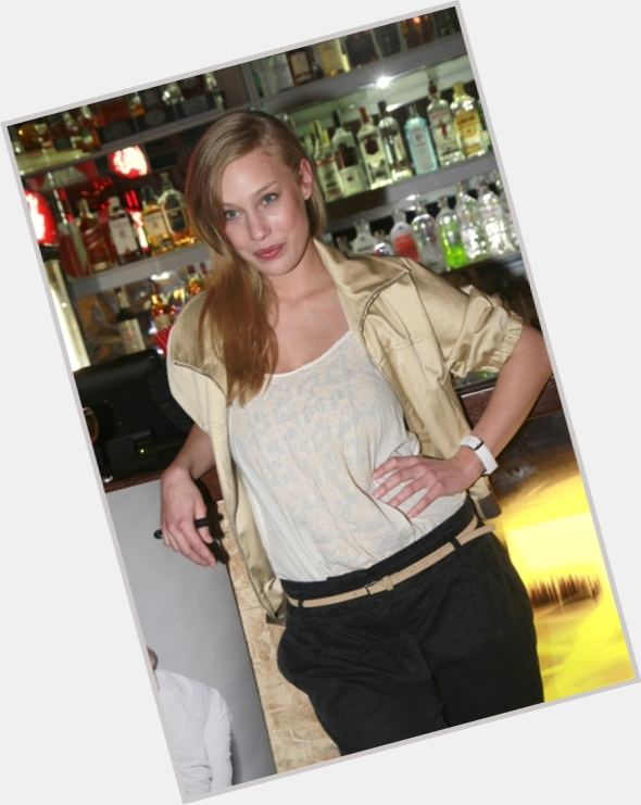 aneta single girls Dating done right hassle free dating, simple to use, no small print, designed for phones and tablets.