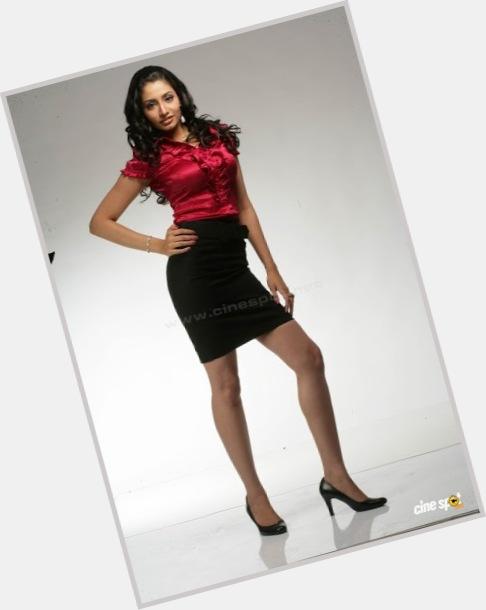 Anita Rani sexy 4.jpg