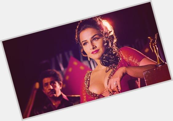 "<a href=""/hot-women/anju-mahendru/where-dating-news-photos"">Anju Mahendru</a> Average body,  black hair & hairstyles"