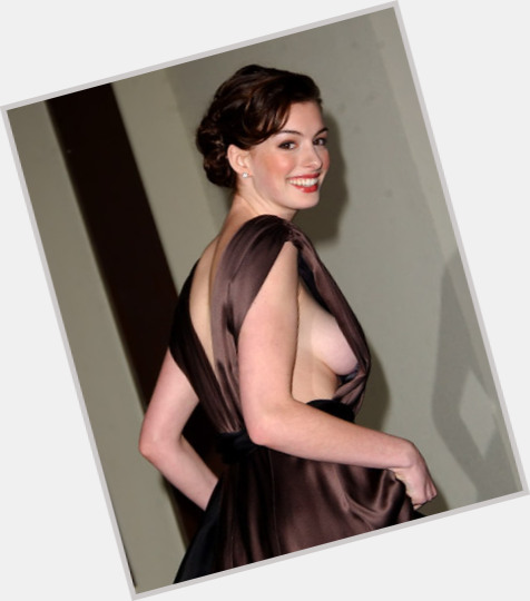 """<a href=""""/hot-women/ann-hathaway/where-dating-news-photos"""">Ann Hathaway</a>"""