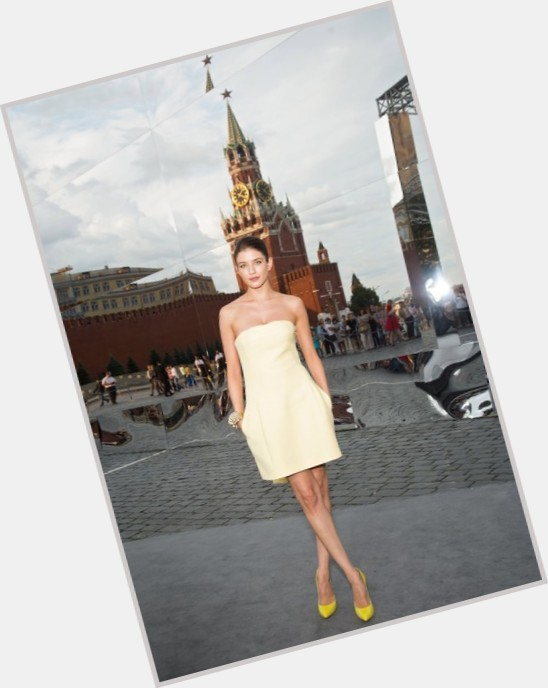 "<a href=""/hot-women/anna-chipovskaya/where-dating-news-photos"">Anna Chipovskaya</a> Slim body,  dark brown hair & hairstyles"