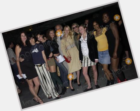 "<a href=""/hot-women/annabel-brooks/where-dating-news-photos"">Annabel Brooks</a> Slim body,  light brown hair & hairstyles"