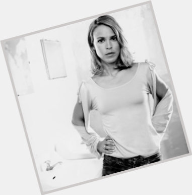 """<a href=""""/hot-women/anneke-kim-sarnau/where-dating-news-photos"""">Anneke Kim Sarnau</a>"""