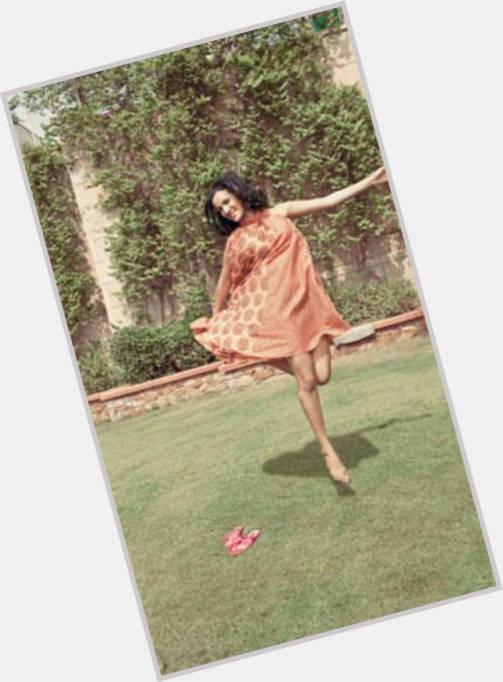 "<a href=""/hot-women/anoushka-shankar/where-dating-news-photos"">Anoushka Shankar</a> Slim body,  dark brown hair & hairstyles"