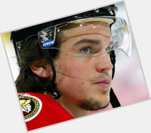 Antoine Vermette dark brown hair & hairstyles Athletic body,