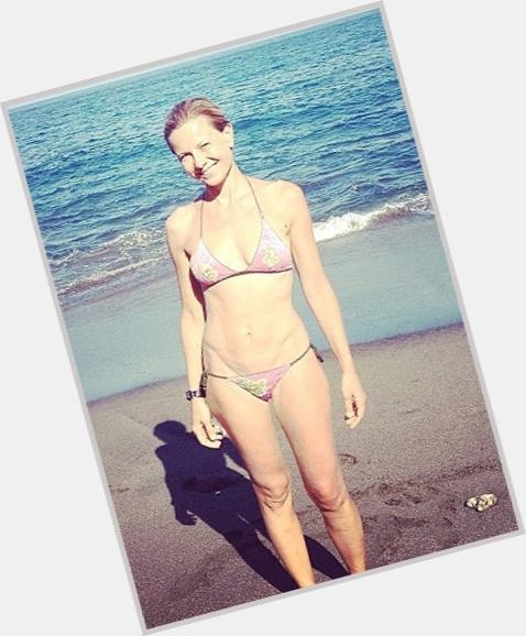 "<a href=""/hot-women/antonella-elia/where-dating-news-photos"">Antonella Elia</a> Slim body,  blonde hair & hairstyles"